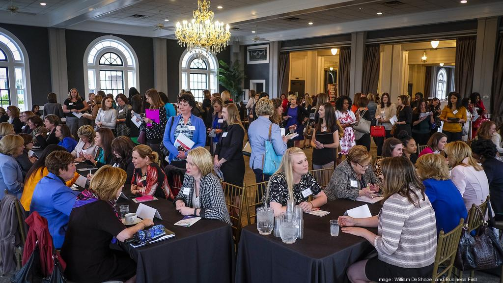 Lizz Patrick Participates in the Bizwomen's Mentoring Monday Event